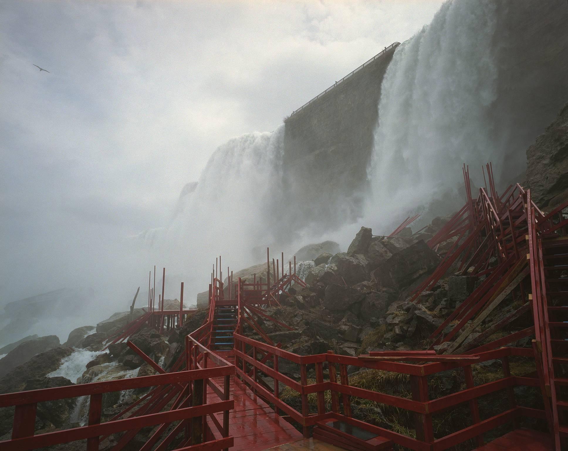 Niagara Falls, stairs
