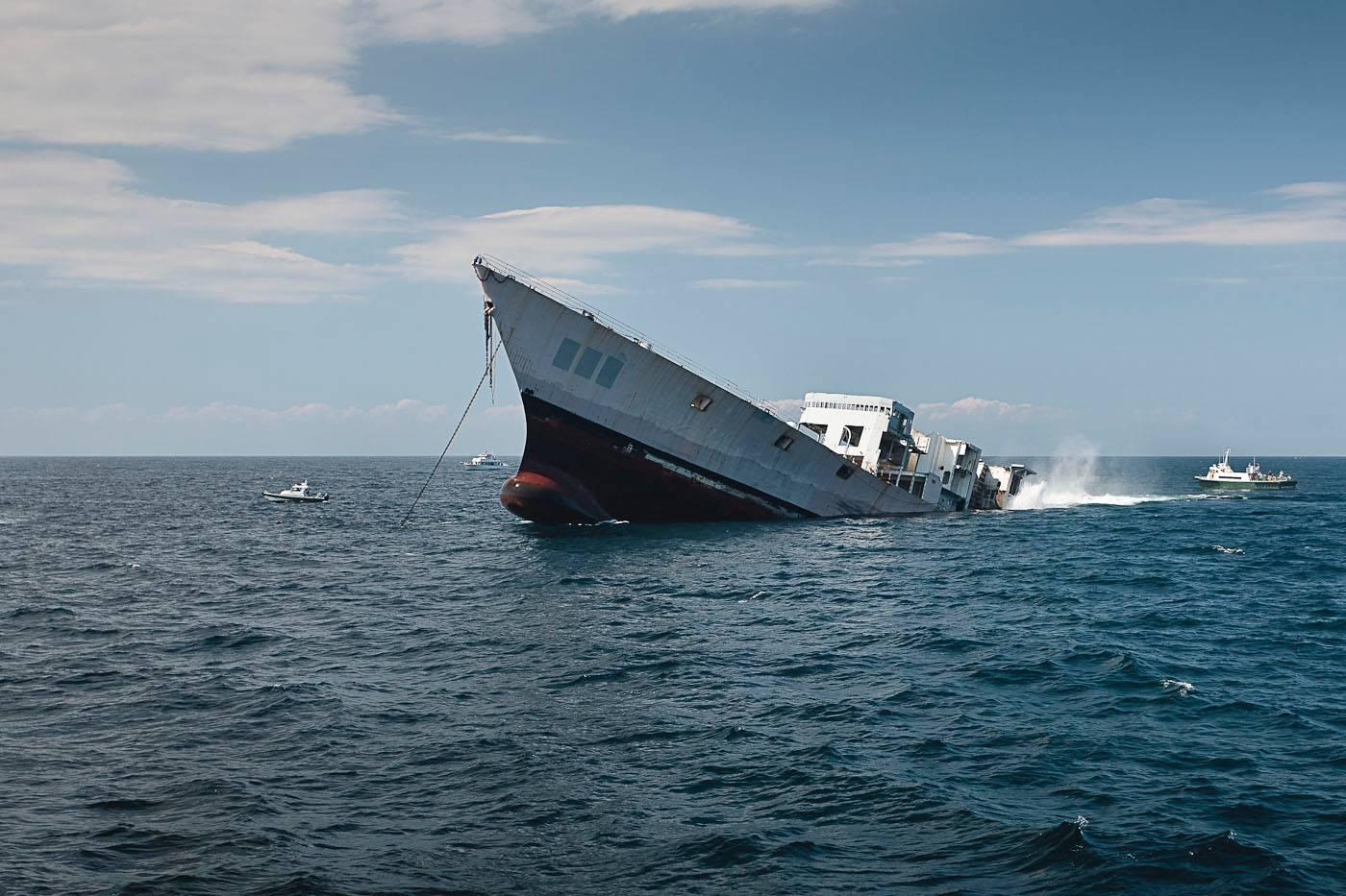 The Reefing of the USS Radford