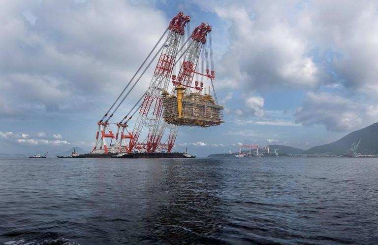 6000 Ton Lift