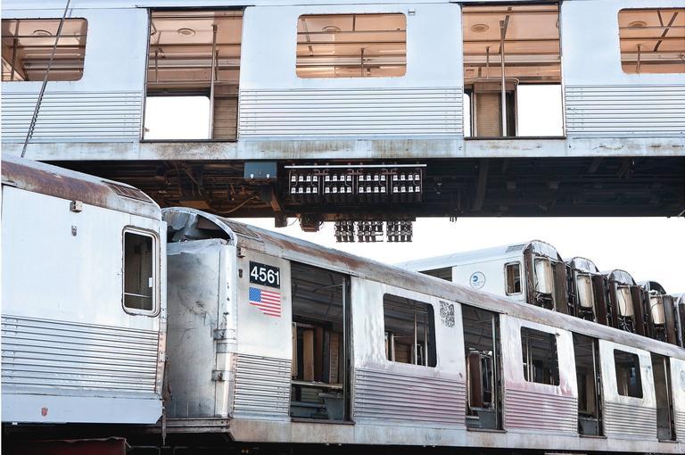 Stephen Mallon Color Photograph - Commute