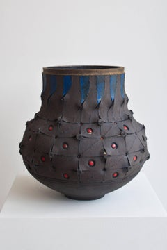 Scarified Honeycomb Udu Vase