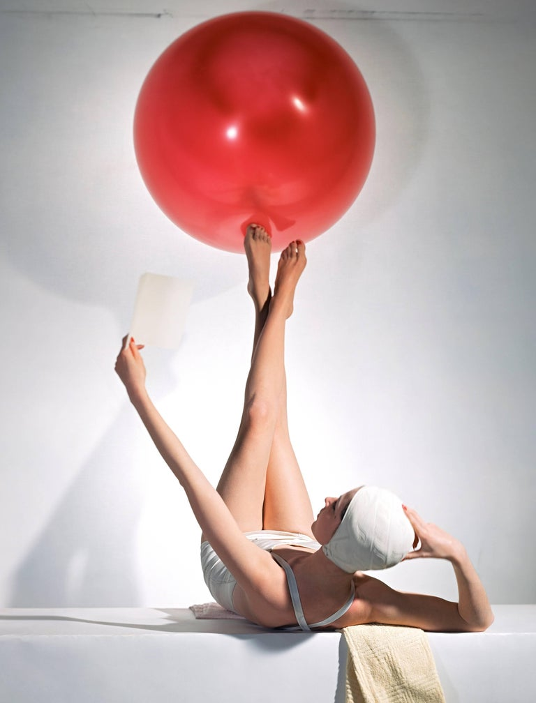 Horst P. Horst - American Vogue Cover, 15 May 1941 1