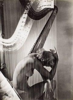 Lisa with Harp, 1940