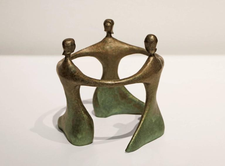 Circlet Miniature - Sculpture by Robert Holmes