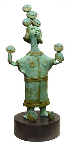 Lino Chavez, Vendedora de sueños, brass sculpture, 1/10.