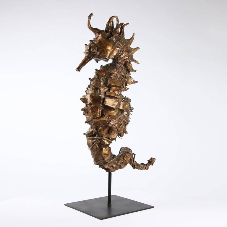 Seahorse Rex Gold - Contemporary Sculpture by Chésade