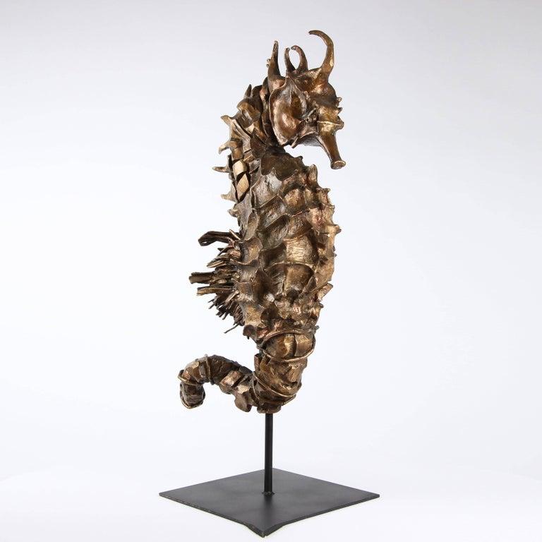 Seahorse Rex Gold - Sculpture by Chésade