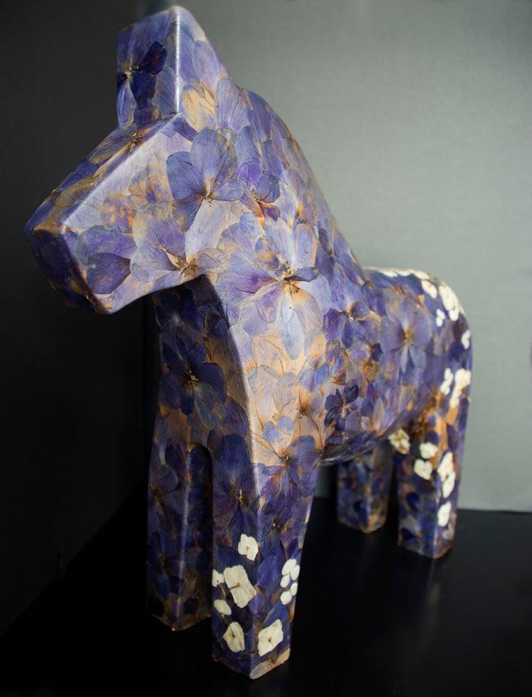 K-OD Figurative Sculpture - Hanami, pressed flowers on wood horse