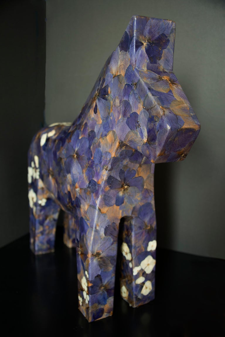 Hanami, pressed flowers on wood horse  - Sculpture by K-OD