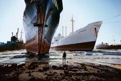 Ship Breaking Yard, Karachi, Pakistan, 1985 - Steve McCurry (Colour Photography)