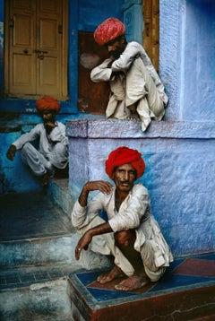 Three Men on Steps, Jodhpur, India, 1996 - Steve McCurry (Colour Photography)