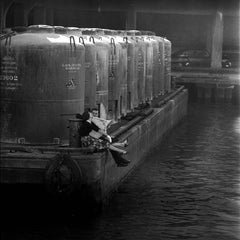The Barge, 1958 - Jerry Schatzberg (Portrait Photography)