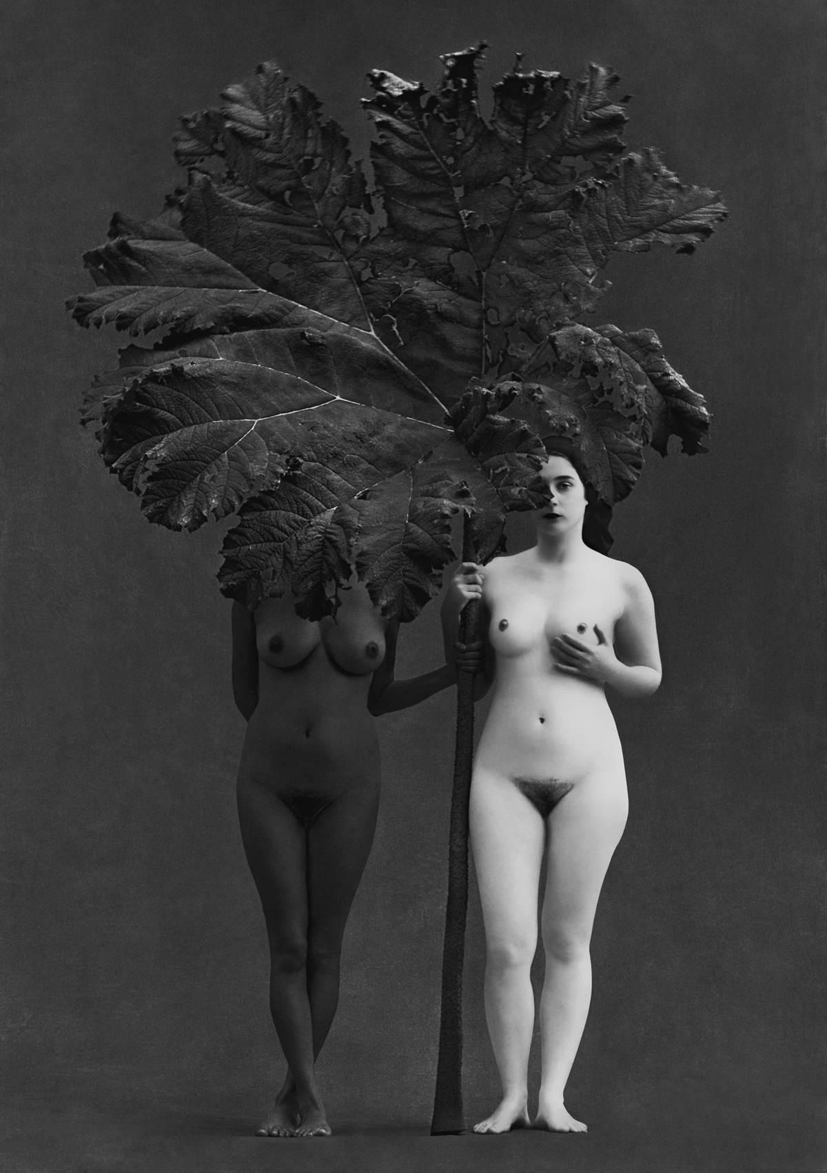 Edén, Switzerland, 2001 - Flor Garduño (Black and White Photography)