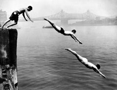 Divers, East River, New York, 1948
