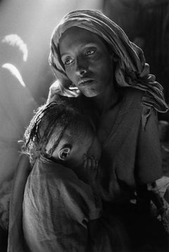 Mother and Child at the Korem Camp, Ethiopia, 1984