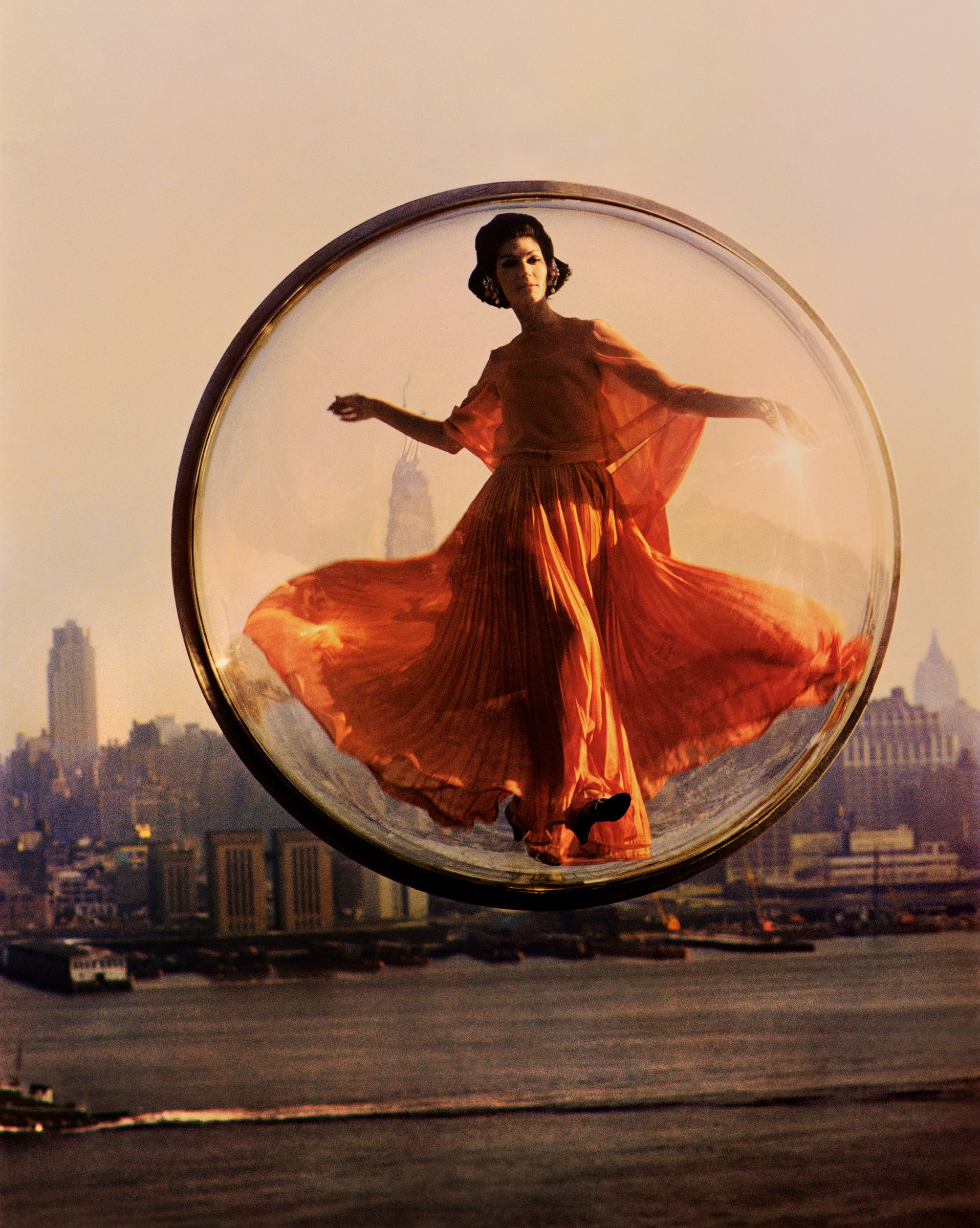 Over New York - Melvin Sokolsky (Colour Photography)