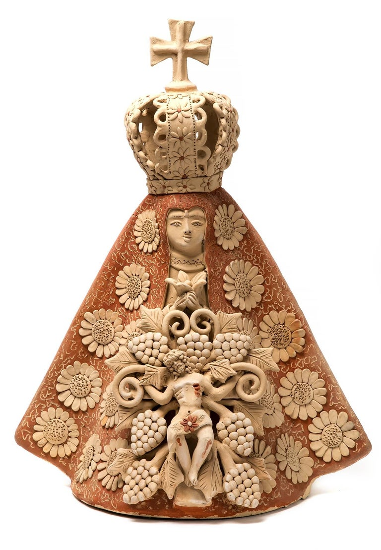Enedina Vasquez Cruz Figurative Sculpture - Virgen de la Soledad con Cristo Ceramics Mexican Folk Art Clay
