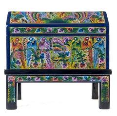 Baul detalle azul / Woodcarving Lacquer Mexican Folk Art