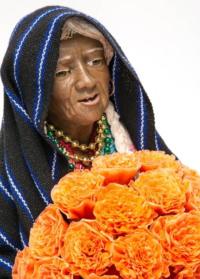 13'' Vendedora de Xempatzuchil / Wax Sculpture Mexican Folk Art For Sale 1