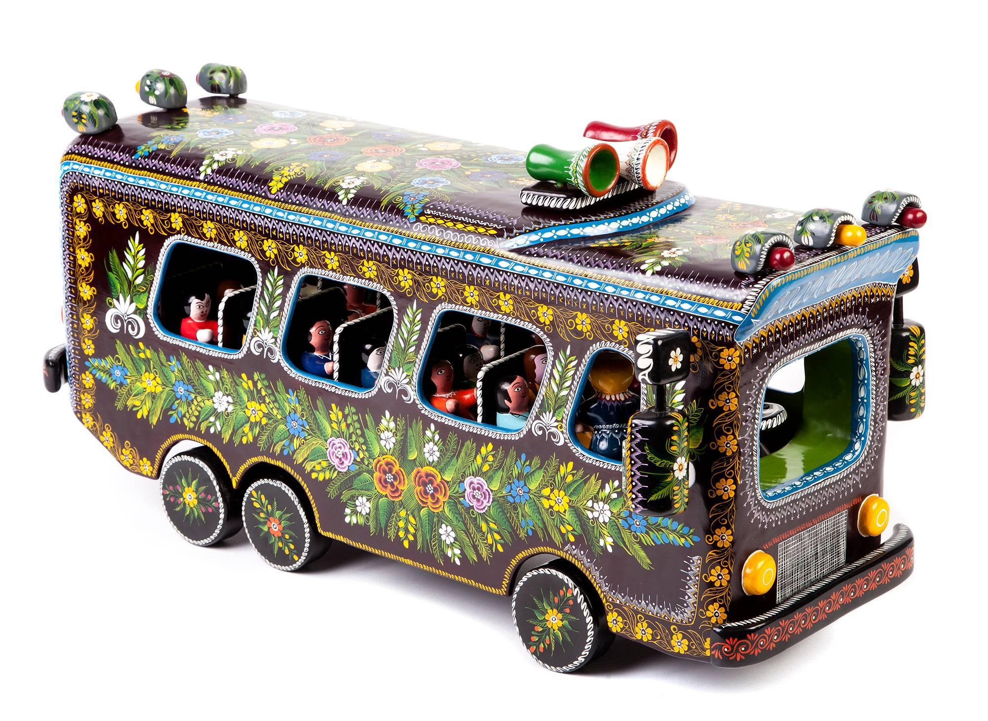 23'' El Autobus / Wood carving Lacquer Mexican Folk Art