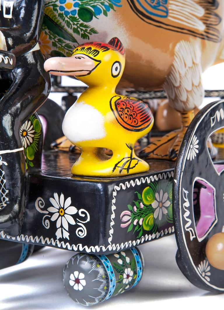 Pato / Wood carving Lacquer Sculpture Mexican Folk Art For Sale 3