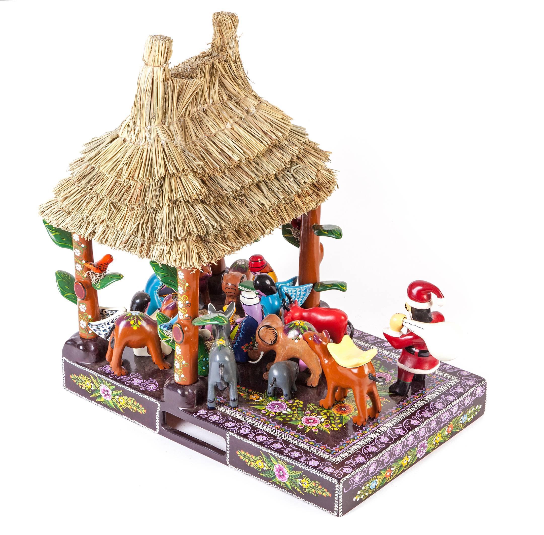 16'' Santa Claus Nacimiento / Wood carving Lacquer Sculpture Mexican Folk Art