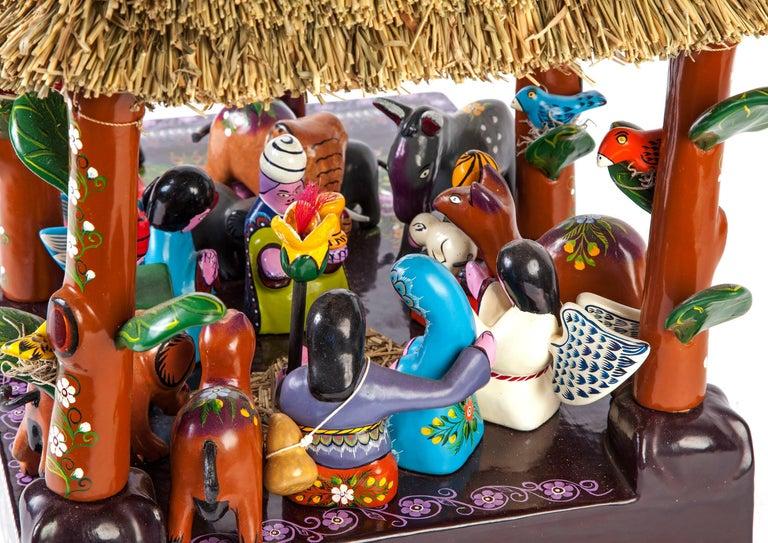 16'' Santa Claus Nacimiento / Wood carving Lacquer Sculpture Mexican Folk Art For Sale 3
