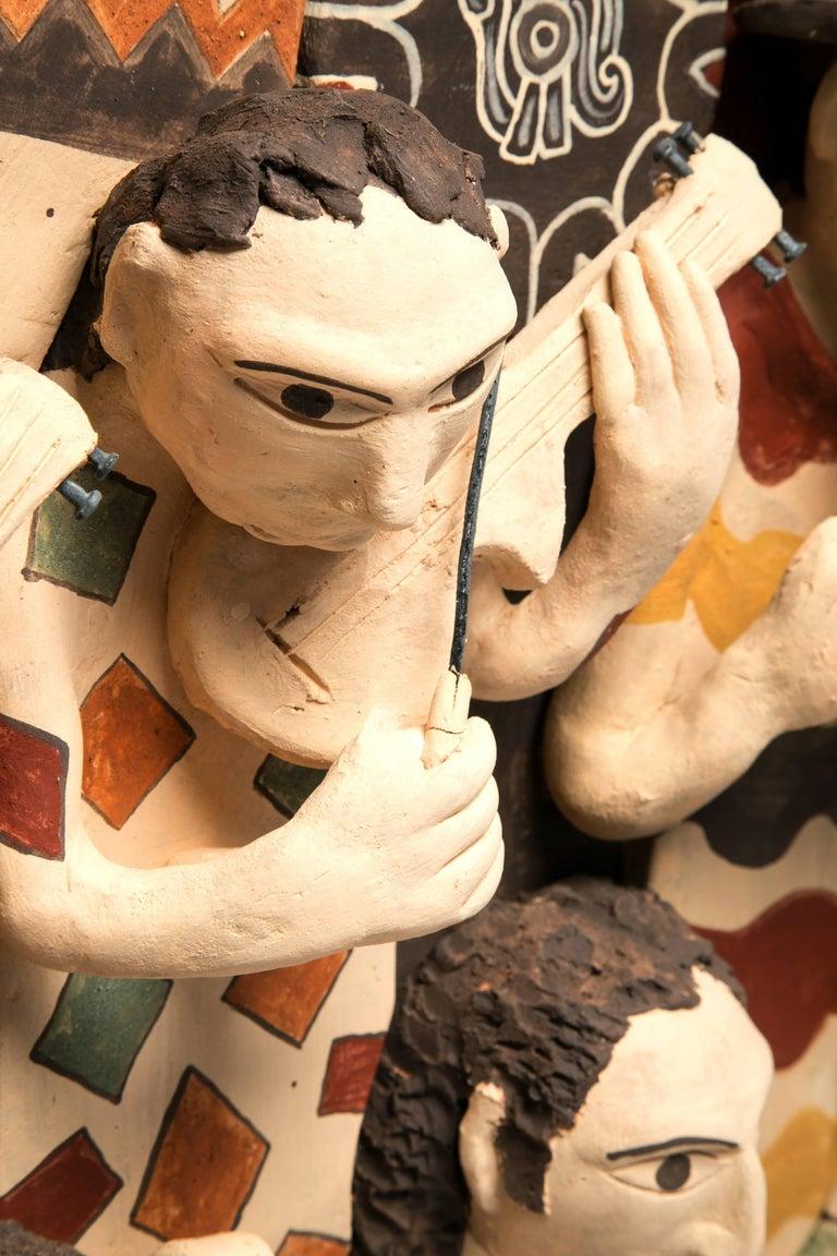 39'' La Orquesta / Ceramics Mexican Folk Art Clay Frame - Brown Figurative Painting by Manuel David Reyes Ramirez