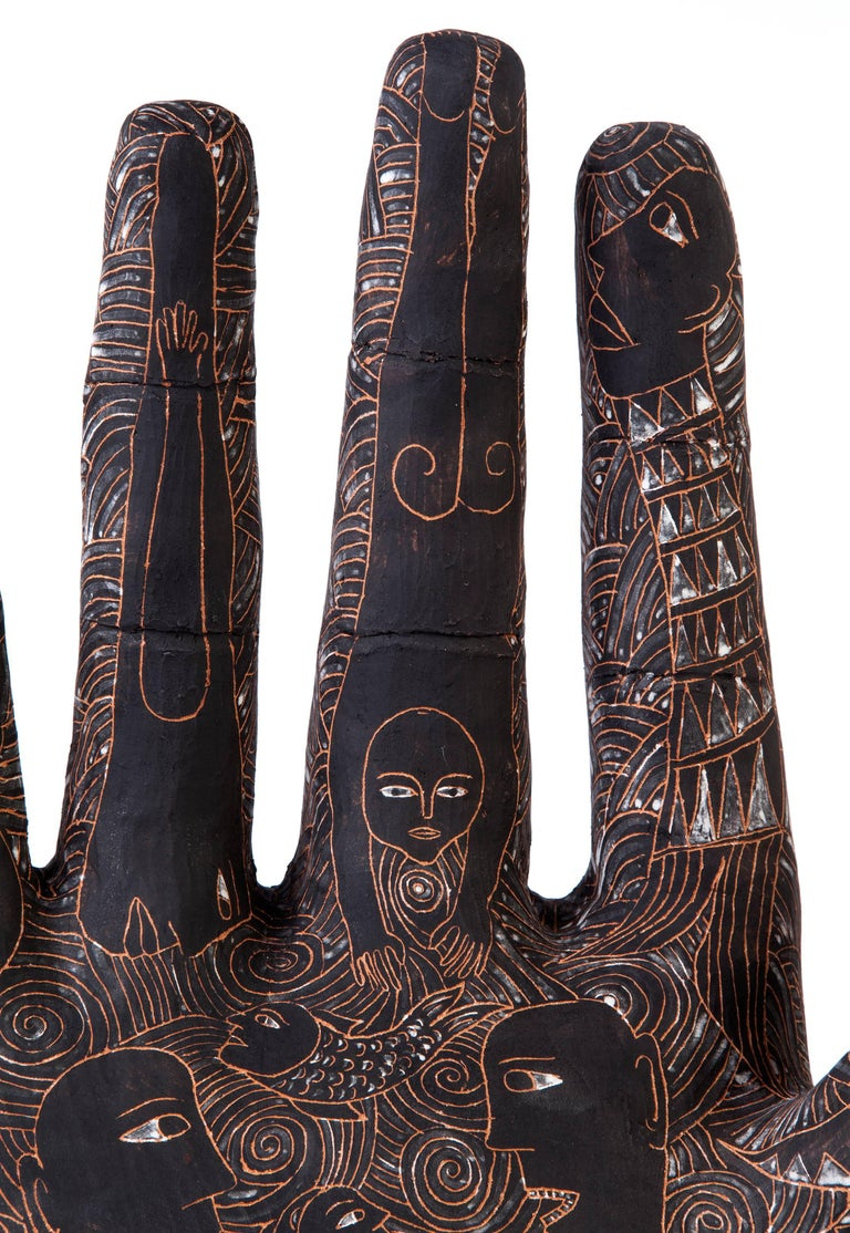 FREE SHIPPING TO WORLDWIDE!  Artisan: Manuel David Reyes Ramirez  Made with clay from Oaxaca y Zacatecas, painted with underglaze watercolor and scratchwork with Mixtec's symbols. Hand-modeled technique and cooked in a wood-fired oven.  -