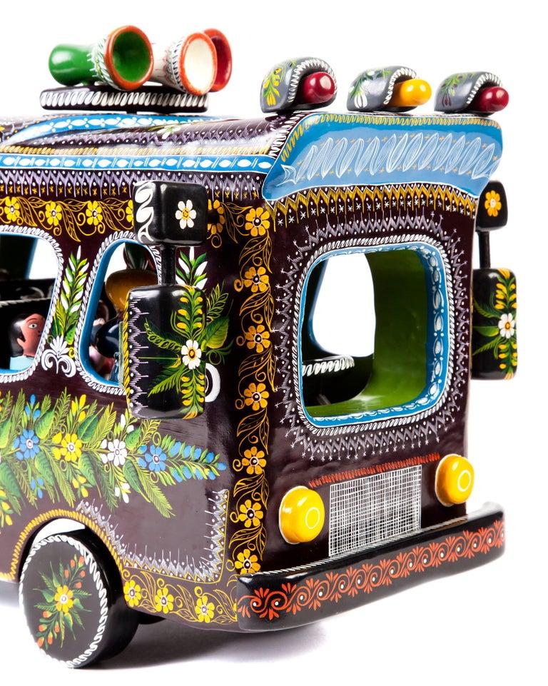 23'' El Autobus / Wood carving Lacquer Mexican Folk Art For Sale 1