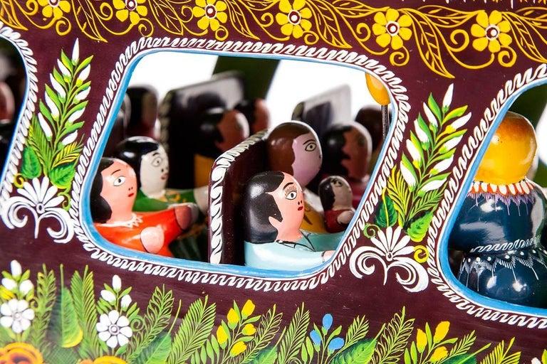 23'' El Autobus / Wood carving Lacquer Mexican Folk Art For Sale 8