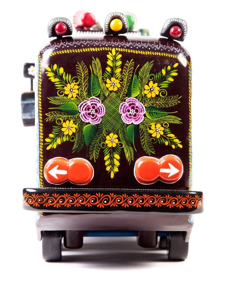 23'' El Autobus / Wood carving Lacquer Mexican Folk Art For Sale 9
