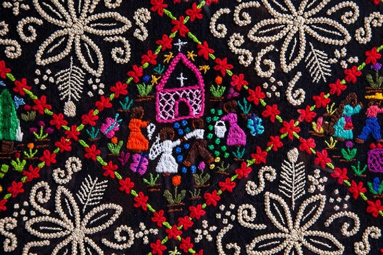 Costumbres / Textiles Mexican Folk Art Embroidery Frame For Sale 3