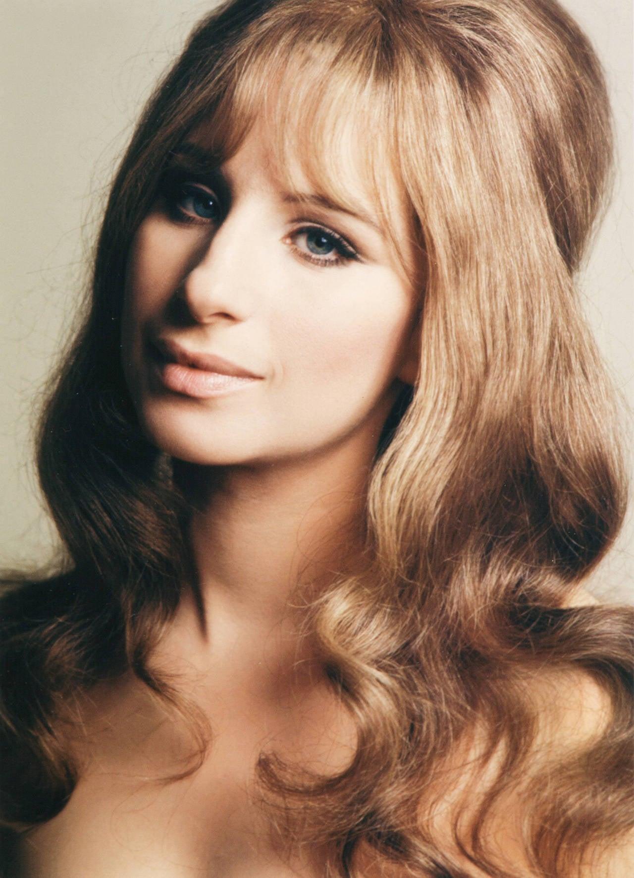 Barbra Streisand Nude Photos 57