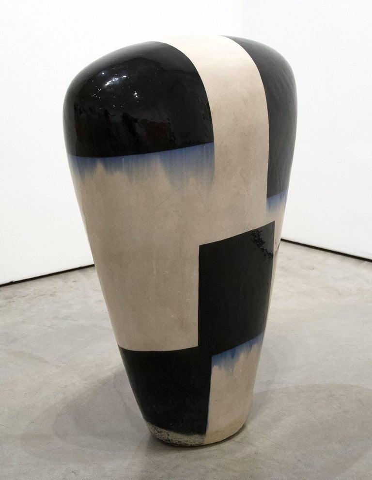 Dango - Gray Abstract Sculpture by Jun Kaneko