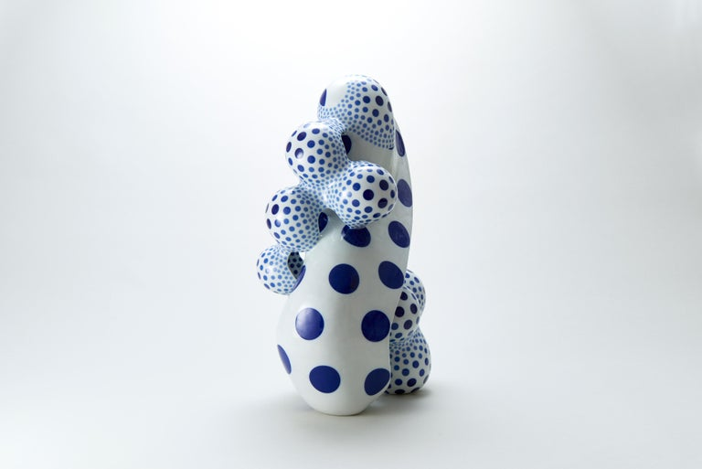 A Disclosing Form 1610, Avant Garde Abstract Porcelain Sculpture with Glaze For Sale 1