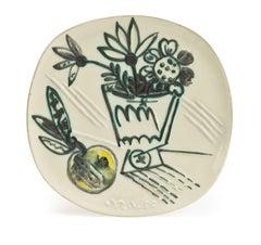 Pablo Picasso Madoura Ceramic Plate - Bouquet à la pomme, Ramié 307