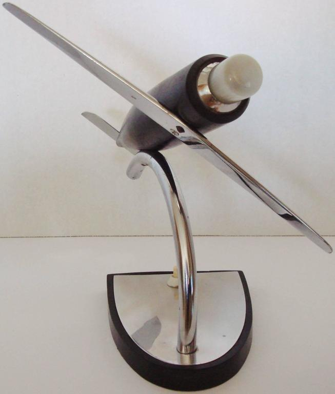 German Art Deco Chrome, Ebonized Wood and Bakelite Stylized Airplane Accent Lamp In Good Condition For Sale In Port Hope, ON