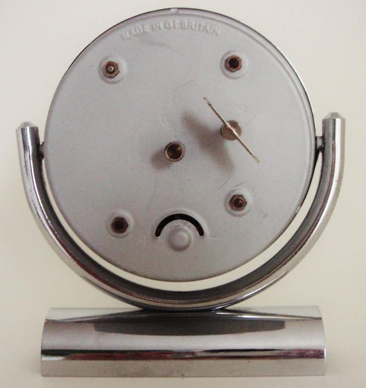 English Mid-Century Modern Chrome Mechanical 30-Hour Smiths Tilting Desk Clock   For Sale 1