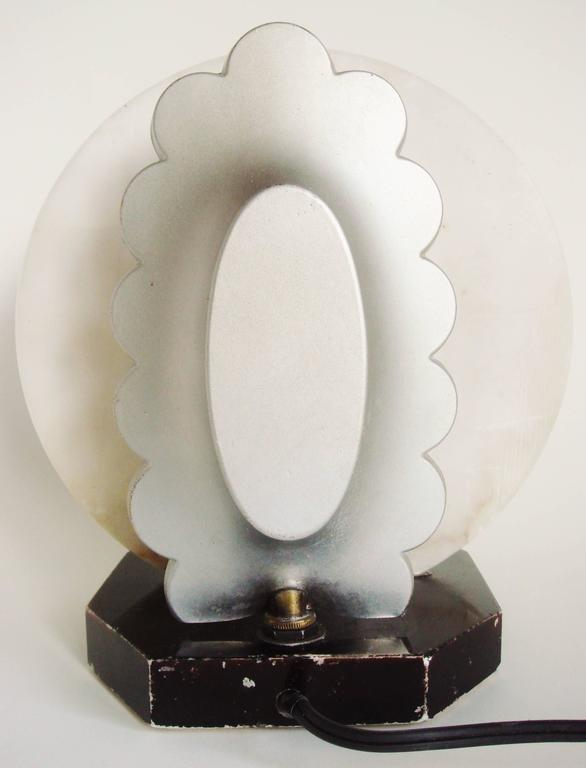 French Art Deco Gerdago Cold Painted Figural Accent Lamp with Alabaster Shade For Sale 3