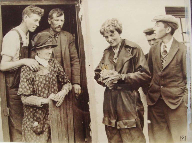 Rare AP Photographic Print of Amelia Earhart in Northern Ireland May 20, 1932 2