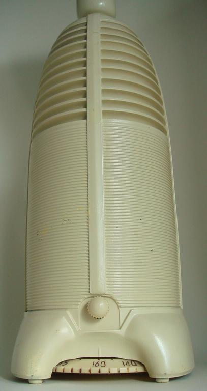 Canadian Art Deco Lumitone Ivory Painted Bakelite Lamp