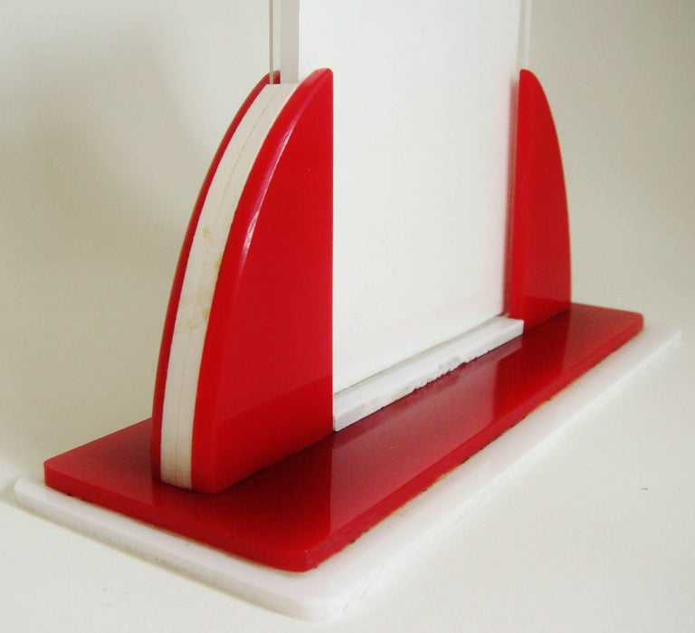 Molded English Art Deco Red, White and Clear Lucite Odeon Style Desk Photo Frame For Sale
