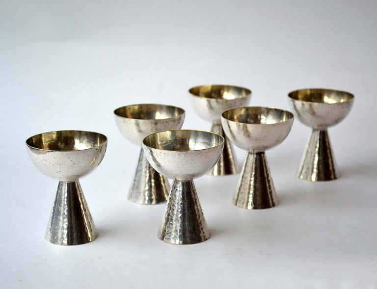 Early 20th Century 1920s Art Deco Set of Six Silver Plated Liqueur Glasses For Sale