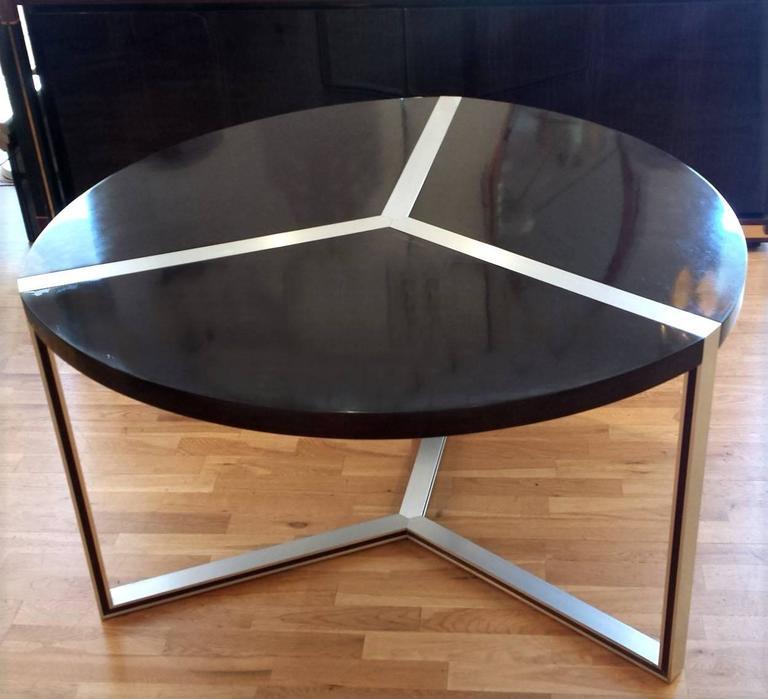 Unique round dining room tables
