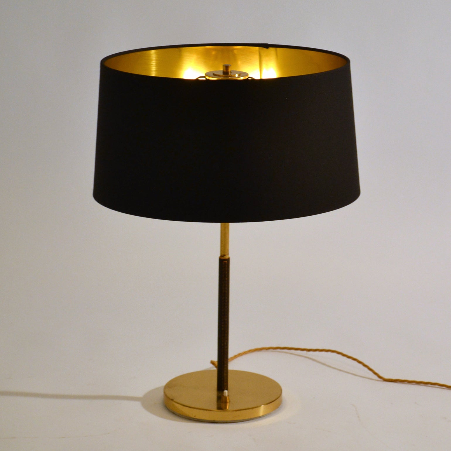 1950s Pair Of Minimal Black And Gold Table Lamps By Kalmar