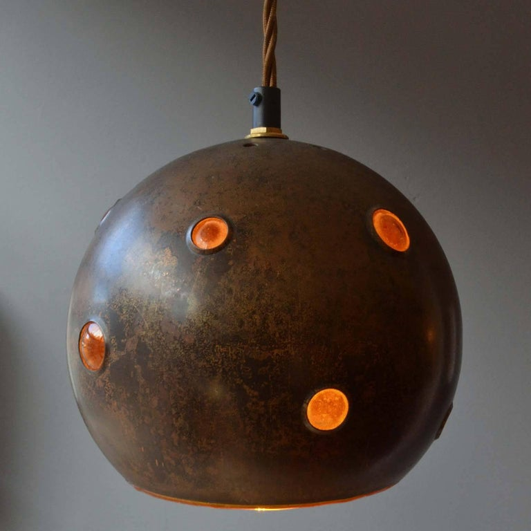 20th Century 1960s Pair of Spherical Copper and Yellow Glass Pendant Lamps by Nanny Still For Sale