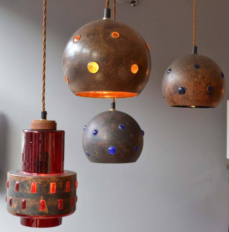 1960s Pair of Spherical Copper and Yellow Glass Pendant Lamps by Nanny Still For Sale 2