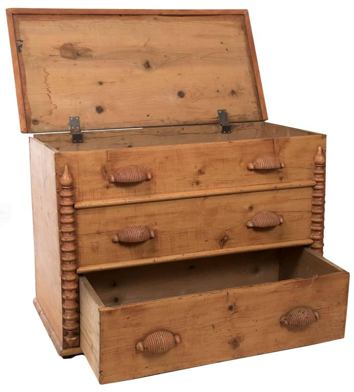 Mormon Pioneer Pine Mule Chest With Berry Stain And