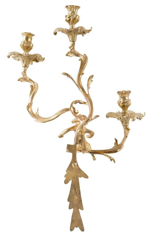 Pair of Gilt Louis XV-Style Wall Sconces In Good Condition For Sale In Salt Lake City, UT